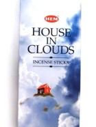 HOUSE IN CLOUDS (La maison dans les nuages)
